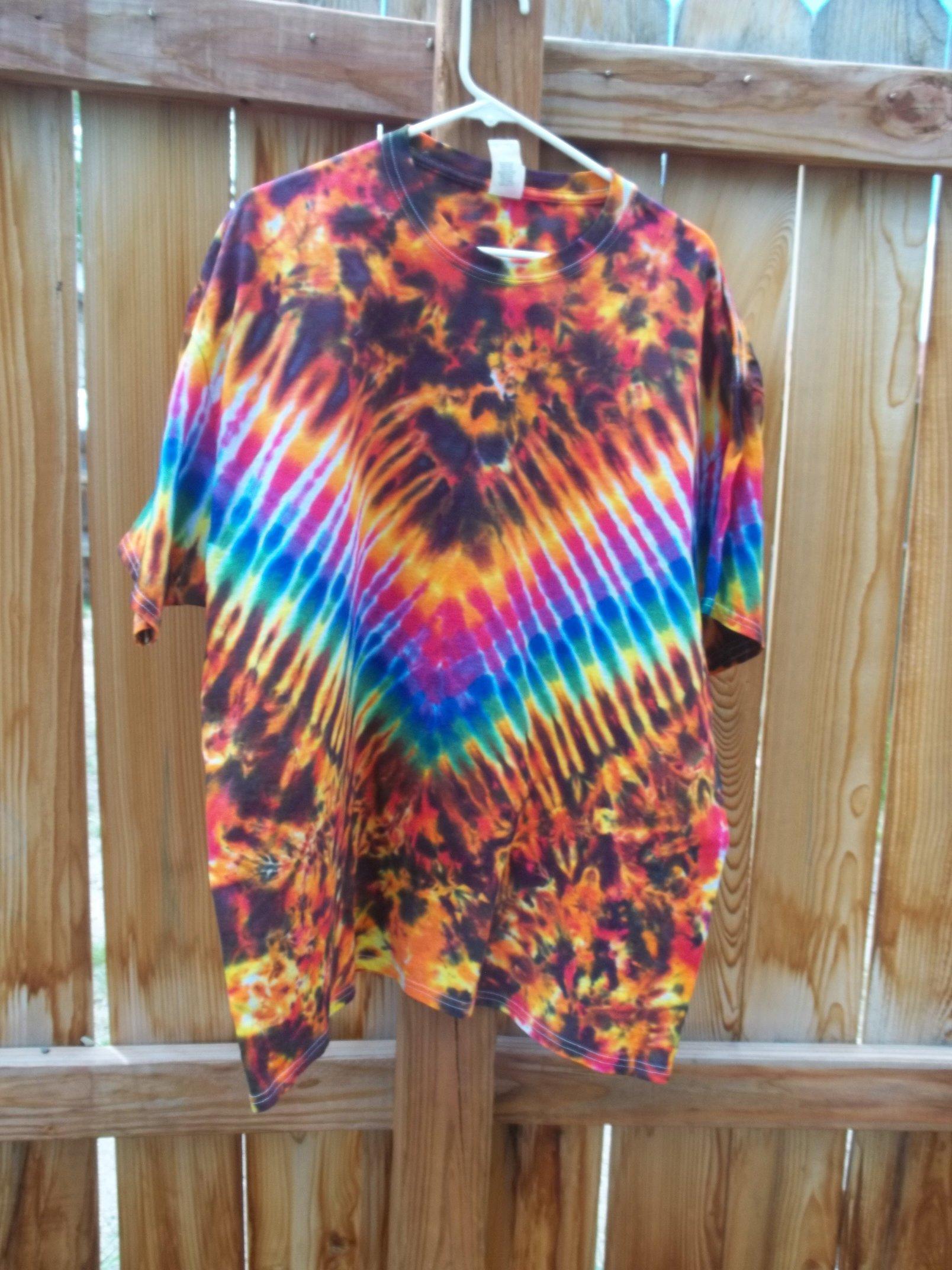 XXL Short Sleeve Fire Tie Dye   Facebook